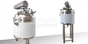 Реактор для на 250 литров для химической промышленности