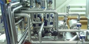 Установка смешивания воды и спирта в потоке