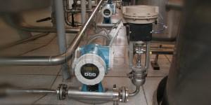 Системы контроля скорости фильтрации водки через угольные колонки